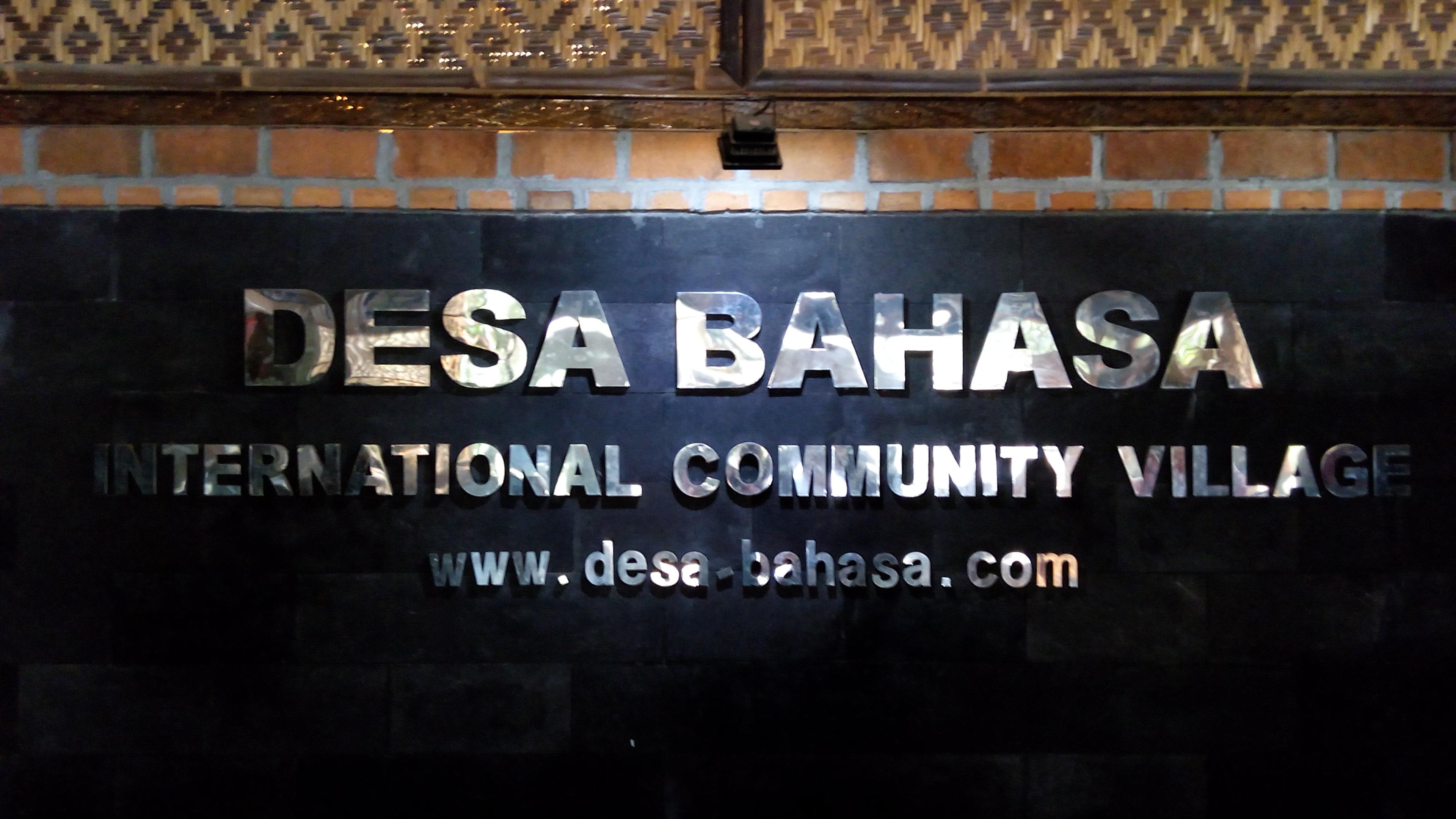 Belajar Bahasa Inggris di Desa Bahasa Borobudur