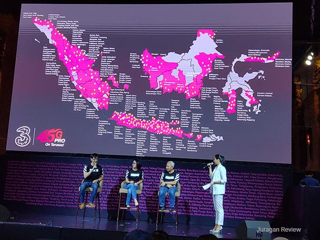 Sesi Tanya Jawab dengan 3 Indonesia